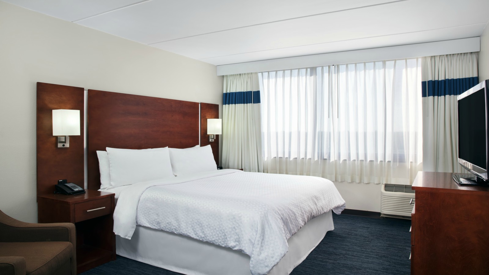Fort Lauderdale Accommodations - Accessible Room